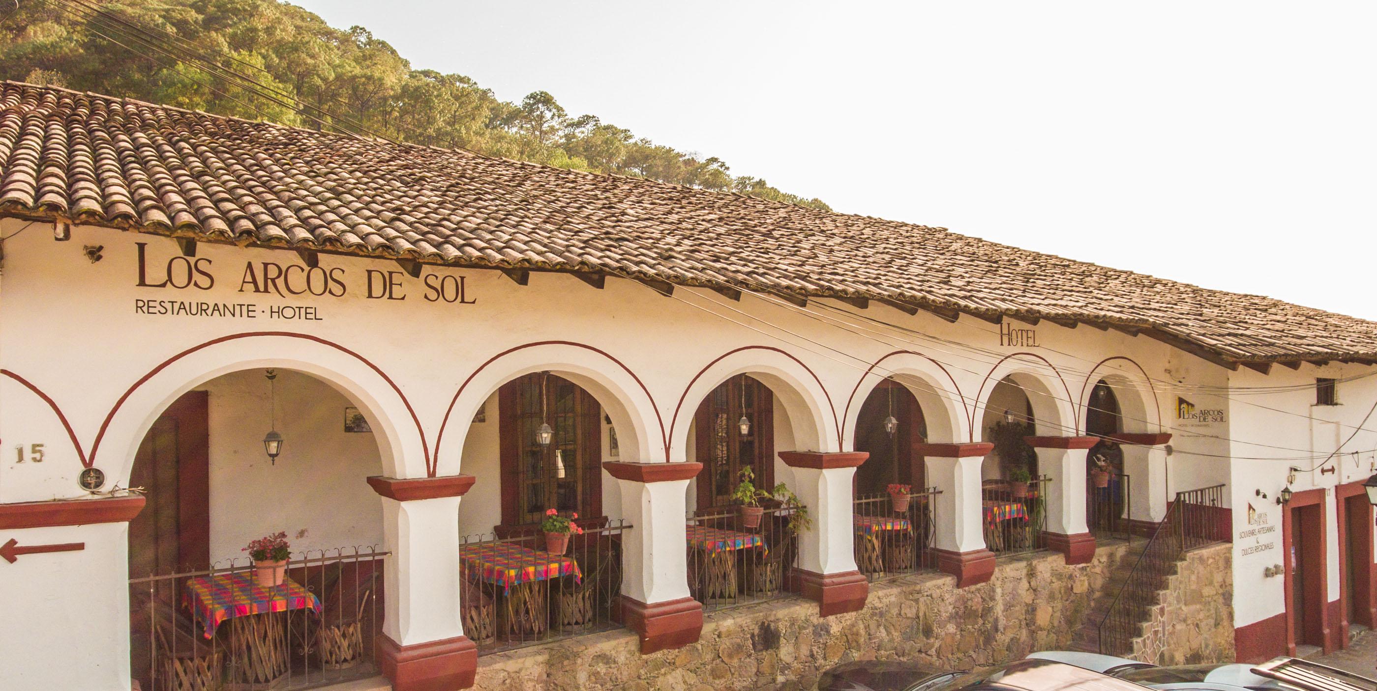 En Los Arcos de Sol, San Sebastian del Oeste.